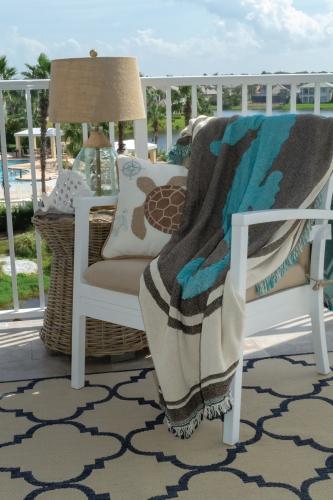 Single Layer Tapestry Blanket - Mini Size